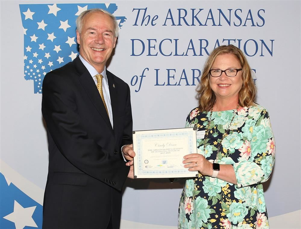 Cindy Dean and Asa Hutchinson.