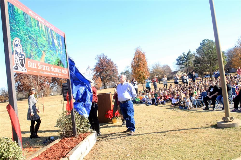 Photo of Ribbon Cutting Ceremony at Bill Spicer Nature Center