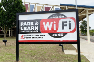 Fort Smith Public Schools Installs Park & Learn Signs at Schools